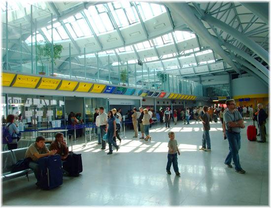 Airport Lobby - Brno Tuřany Airport